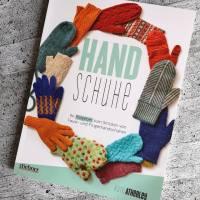 Review: Handschuhe – Ein Ratgeber von Kate Atherley