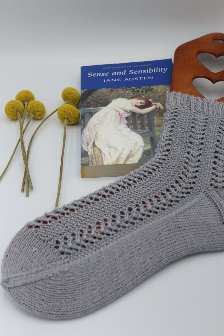 Gestrickte Socken Elinor Socks (3)