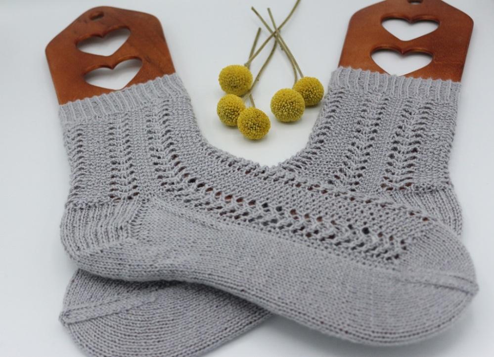Gestrickte Socken Elinor Socks (5)