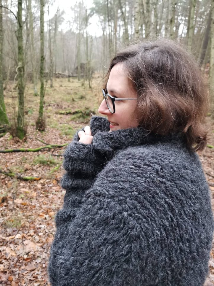 Sttickmantel Garn Felloptik (4)